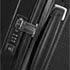 Flach integrierte Griffe, TSA-Schloss® und ergonomisch geformtes Zuggestänge mit weichem Griff.